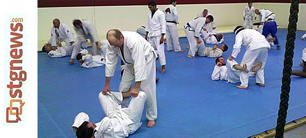 Gracie Jiu-Jitsu: Fighting with words not fists builds ...