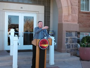 St. George Mayor Daniel McArthur addresses the crows gathered in front of the Community Arts Center, St. George, Utah, Feb. 28, 2013 | Photo by Mori Kessler, St. George News