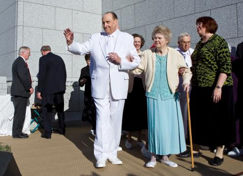 President and Sister Monson greet the crowd following the cornerstone ceremony at the Draper Utah Temple, Draper, Utah, March 20, 2009 | Photo courtesy of the Church of Jesus Christ of Latter-day Saints