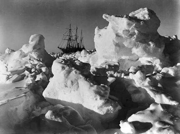 Endurance trapped in pack ice, Feb. 1915 | Photo by Frank Hurley (1885–1962), public domain photo