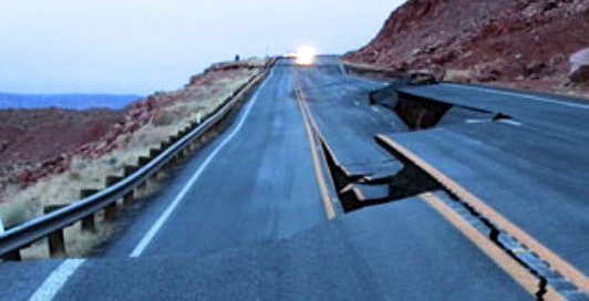 US-89 pavement buckled due to a landslide, Feb. 2013 | Image courtesy of Arizona Department of Transportation, St. George News