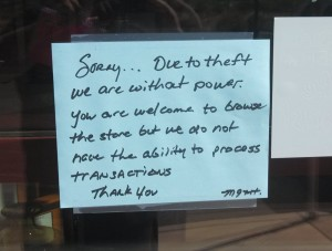 A notice outside Furniture Row alerting costumers of the store's lack of power, St. George, Utah, Aug. 12, 2013 | Photo by Mori Kessler, St. George News