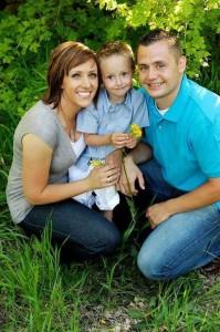 Sgt. Derek Johnson and his family | Photo courtesy of Remembering Sgt. Derek Johnson