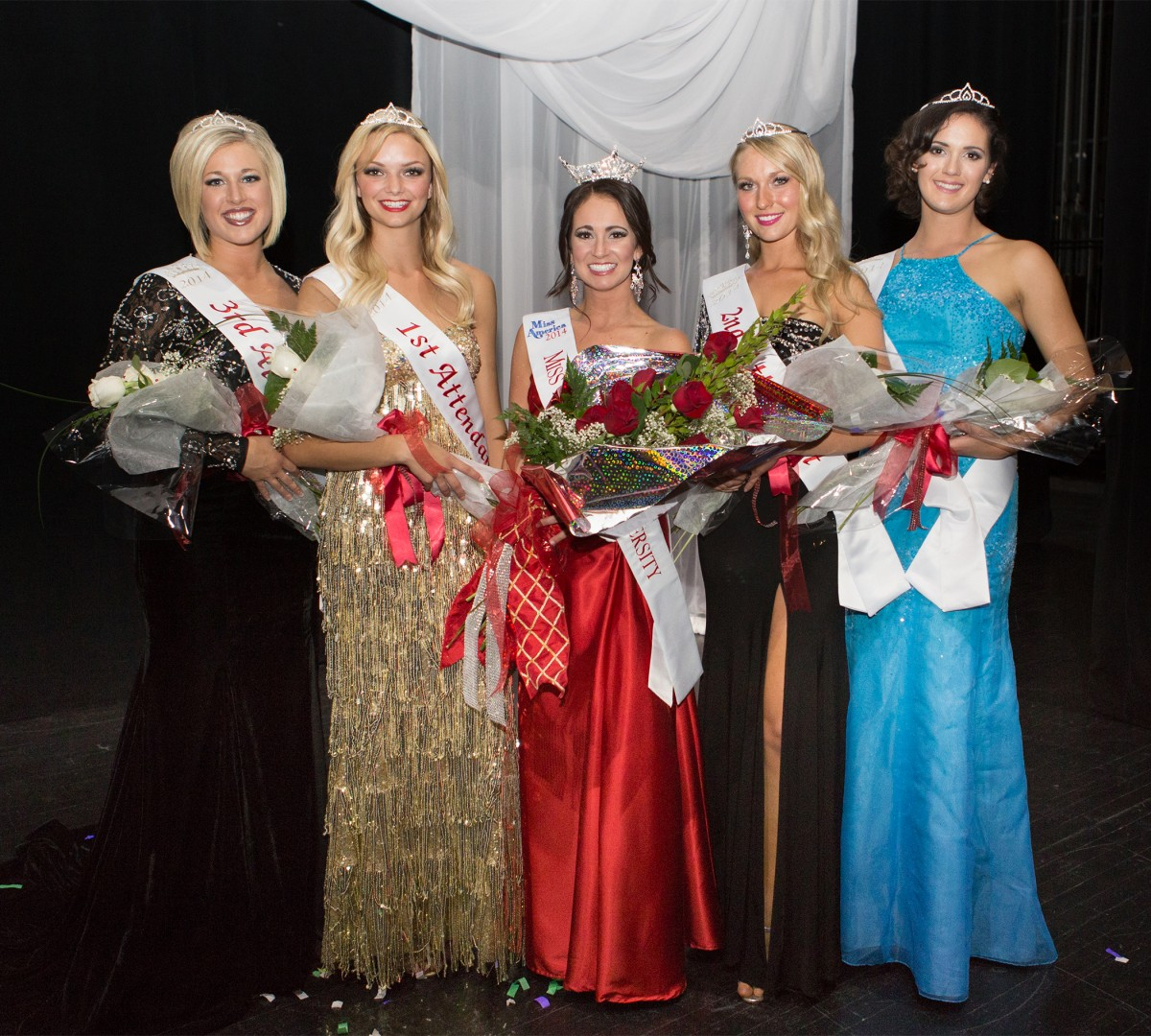 Miss Dixie State Homecoming Queen 2013 Shaelie Knutson (center), poses with her court at the conclusion of DSU's Miss Dixie State Homecoming Queen Pageant, St. George, UT, Oct. 16, 2013 | Photo courtesy of DSU