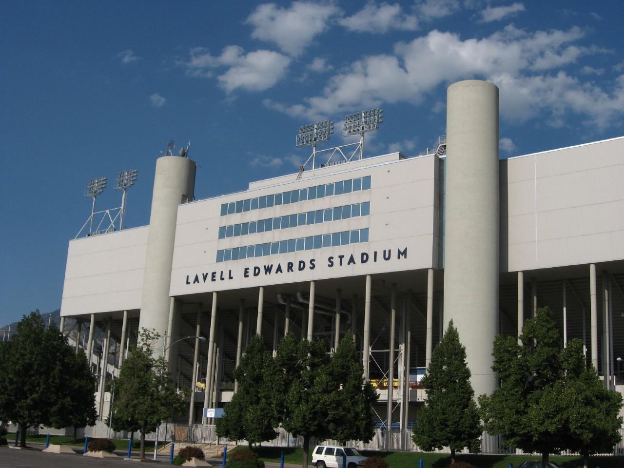 Lavell_Edwards_Stadium