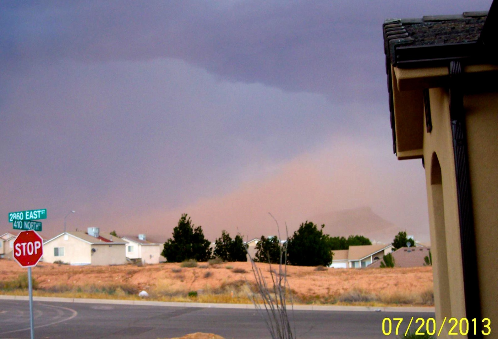 Cloud of dust seen from 410 North Street and 2860 East Street in Washington, Utah, July 20, 2013 | Photo courtesy of Rudi Verhoeven, St. George News