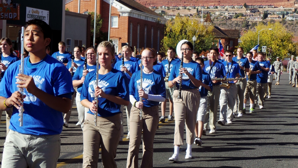 Dixie Middle School marching band and color guard, City of St. George/American Legion Post 90 Veterans Day Parade and Concert, St. George, Utah, Nov. 11, 2013 | Photo by Alexa Verdugo Morgan, St. George News