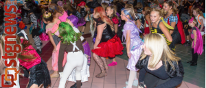 Teams from Dance Fuzion Dance Studio in Hurricane invaded the food court of Red Cliffs Mall Halloween in a flash mob dance fest. St. George, Utah, Oct. 31, 2013 | Photo by Jeremy Crawford, St. George News