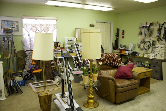 Thrift Store Supports Area Animal Shelters St George News
