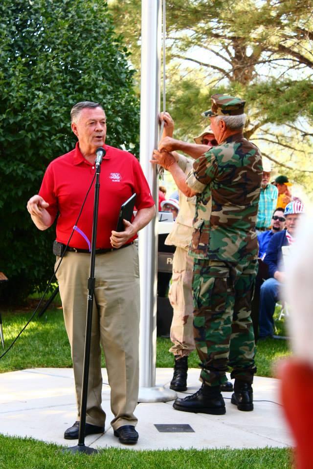 Mayor Dan McArthur at the Pine Valley 4th of July Breakfast, Pine Valley, Utah, July 4, 2013 | Photo courtesy of Dan McArthur