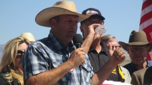 "Ammon Bundy addressing the conference as he gave an update of events following the BLM's withdrawal. He also thanked people for their ""tremendous outpouring"" of support for the Bundy family, Bunkerville, Nev., April 2014 