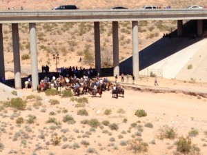 Bundy family, supporters at the overpass demanding the BLM to release the cattle, Clark County, Nev., April 12, 2014 | Photo courtesy of Darin Bushman, Paiute County Commissioner, St. George News