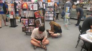 Enjoying a good book or two, St. George, Utah, May 3, 2014 | Photo by Mori Kessler, St. George News