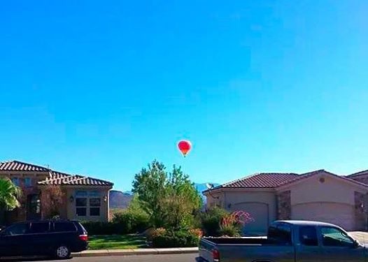 Hot air balloon vantage point offers police assistance in locating suspect fleeing on foot, St. George, Utah, June 19, 2014 | Photo by Rhonda Tommer, St. George News