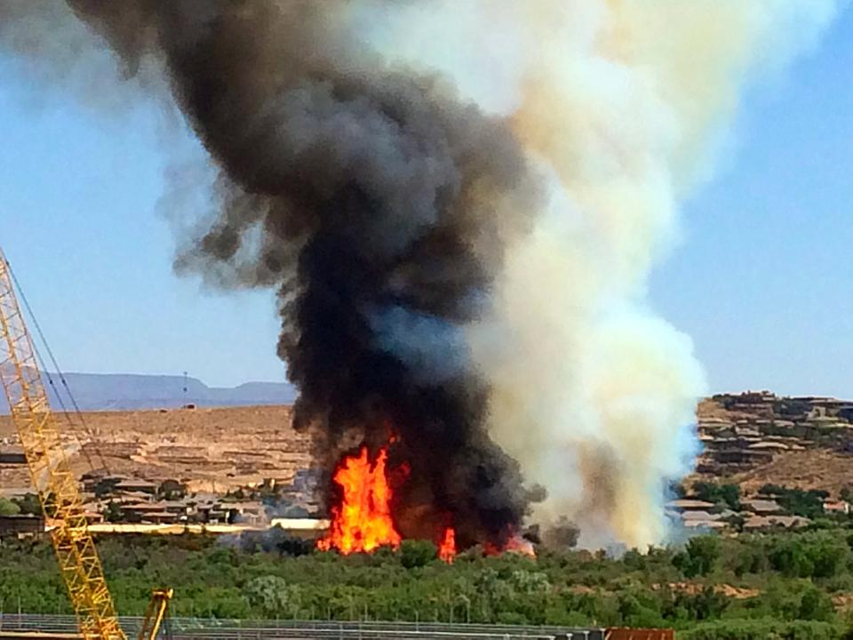 Brush fire near the construction of Mall Bridge and Cox Farm, St. George Utah, June, 1, 2014 | Photo by Kimberly Scott, St. George News