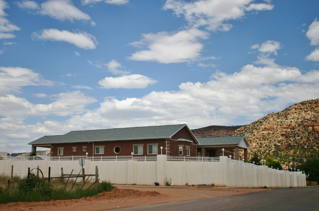 Life After Jeffs Hotel Debuts In Flds Prophet S Former