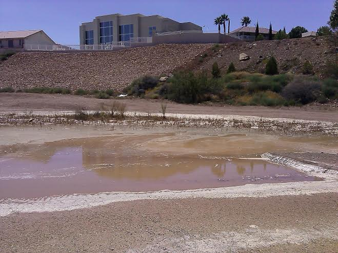 Water pipeline breaks and floods Southgate Golf Course located at 1975 S. Tonaquint Dr. in St. George, Utah, Aug. 6, 2014 | Photo by Aspen Stoddard, St. George News