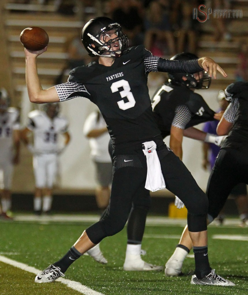 Kody Wilstead, Lehi at Pine View, St. George, Utah, September 5, 2014 | Photo by Robert Hoppie, ASPpix.com, St. George News