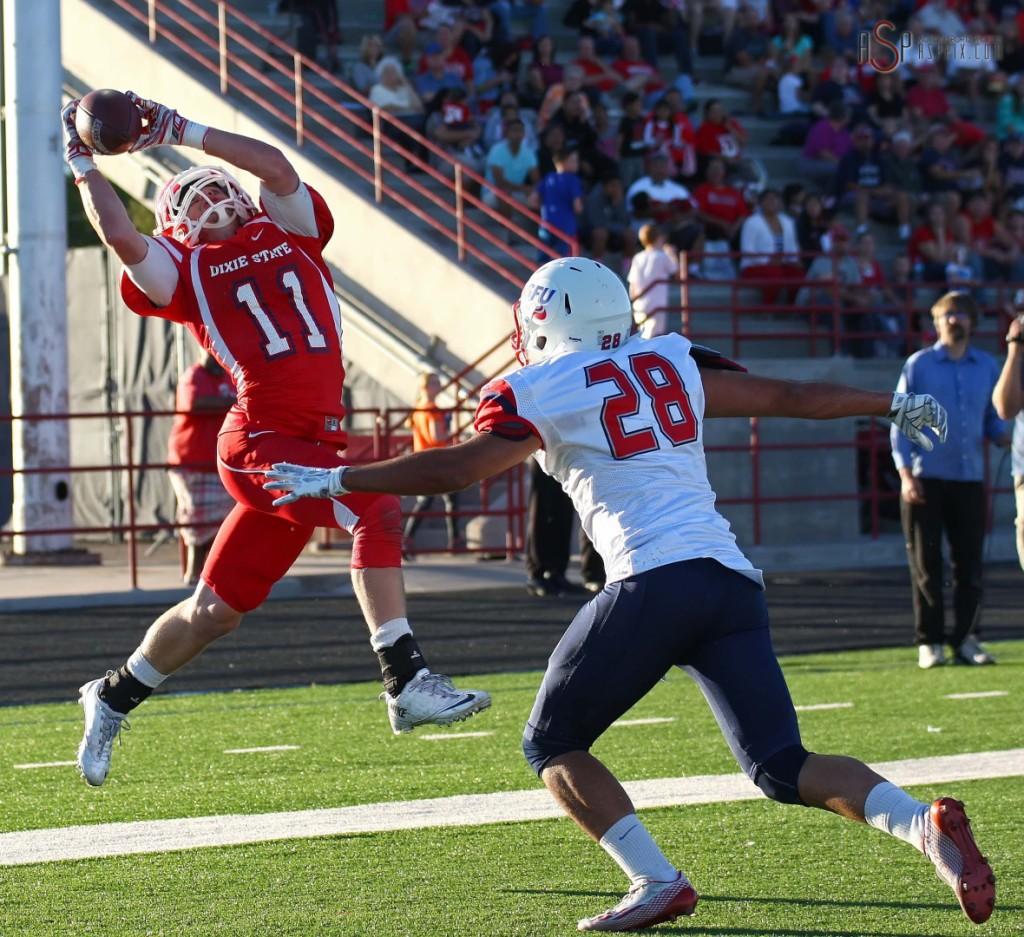 Conor Sklarsky makes a catch, Dixie State University vs. Simon Fraser University, St. George, Utah, Oct. 4, 2014 | Photo by Robert Hoppie, ASPpix.com, St. George News