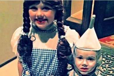 Lucy Hansen and Corbin Hansen trick-or-treating as Dorothy and the Tin Man, St. George, Utah, Oct. 31, 2013 | Photo by Kimberly Scott, St. George News