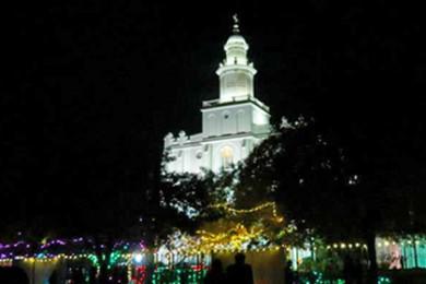 St. George Temple lighting ceremony, St. George, Utah, Nov. 23, 2012 | Photo by Sandie Divan, St. George News