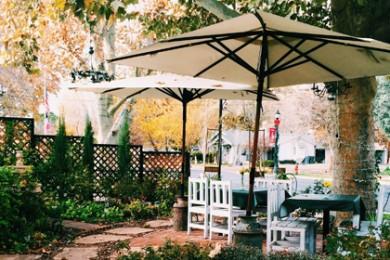Outside patio dining area at DiPietro's European Bistro at 3105 Santa Clara Drive, Santa Clara, Dec. 3, 2014   Photo by Ali Hill, St George News