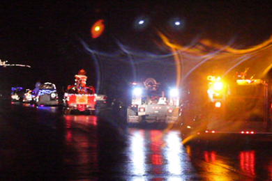 The Light Parade heading towards the Canyon Community Center in Springdale, Dec. 14, 2014 | Photo by Leanna Bergeron, St. George News
