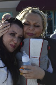 L-R: Tiffany McDonald with her sister Jessica Smart.  Smart helped in the project to provide a van for the McDonald family. Switchpoint Community Resource Center, St. George, Utah, Jan. 23, 2015 | Photo by Candice McMahon, St. George News