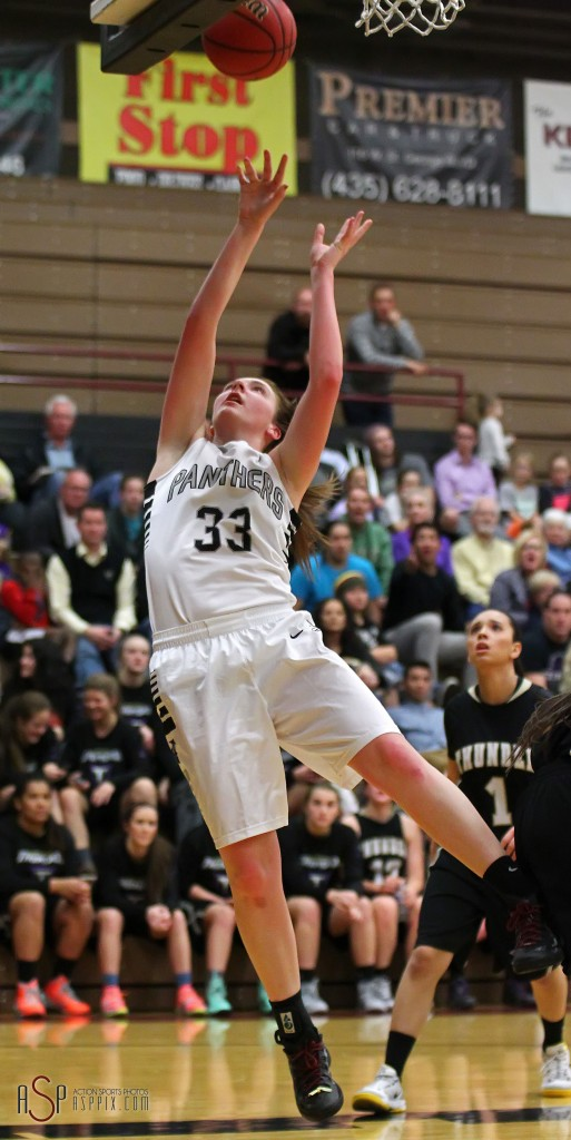 Sarrah Pierce with a layup for the Panthers, Desert Hills vs. Pine View, Girls Basketball, St. George, Utah, Jan. 8, 2015 | Photo by Robert Hoppie, ASPpix.com, St. George News
