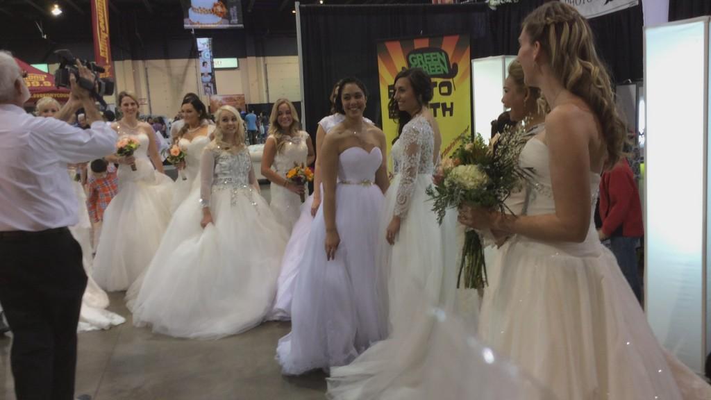 Guns and roses: Dixie Center dual hosts gun show, wedding showcase ...