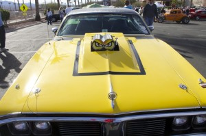 Attendees and cars at the Mesquite Motor Mania car show in Mesquite, Nevada, Jan. 17, 2015 | Photo by Samantha and Rhonda Tommer, St. George News