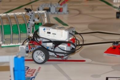 Teams at the Lego robotics competition go head to head in a battle of creativity, engineering and skill, St. George, Utah, Jan. 10, 2015 | Photo by Hollie Reina, St. George News