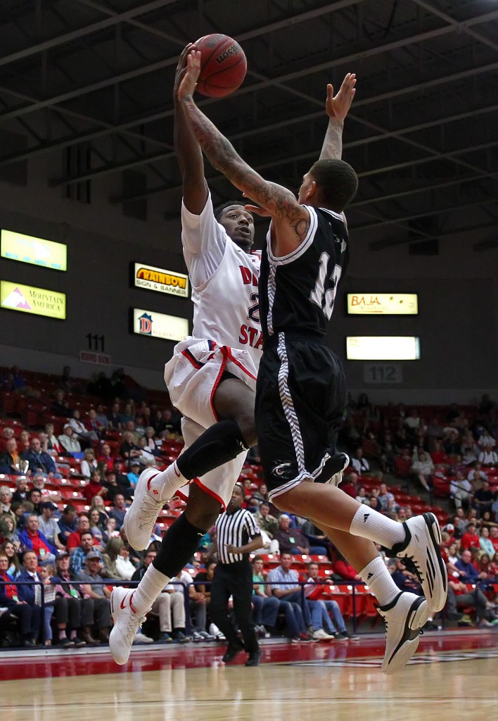 Dequan Thompson flies to the hoop, Dixie State University vs. Hawaii Pacific University, Men's Basketball, St. George,  Utah, Feb. 16, 2015 | Photo by Robert Hoppie, ASPpix.com, St. George News