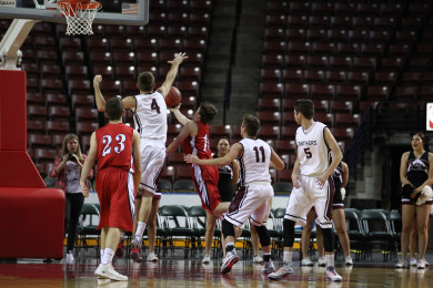 Pine View vs. Uintah, 3A State Basketball Tournament, Salt Lake City, Utah, Feb. 26, 2015 | Photo by Robert Hoppie, ASPpix.com, St. George News
