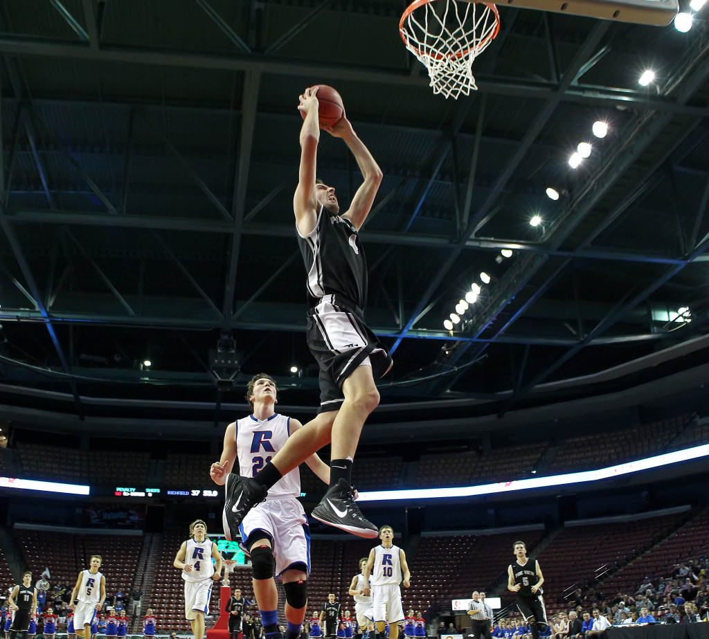 Kody Wilstead glides the hoop for a dunk late in the contest, Pine View vs. Richfield, 3A State Basketball Tournament, Salt Lake City, Utah, Feb. 27, 2015 | Photo by Robert Hoppie, ASPpix.com, St. George News
