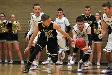 Desert Hills vs. Pine View, Boys Basketball, St. George, Utah, Feb. 4, 2015 | Photo by Robert Hoppie, ASPpix.com, St. George News