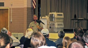 Martin Tyner and his Harris's hawk, Thumper gave a presentation about birds of prey in the western U.S. at North Elementary School on Monday, Cedar City, Utah, Feb. 2, 2015 | Photo by Carin Miller, St. George News