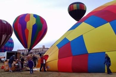 Balloons & Tunes Roundup kicks off in Kanab, Utah, Feb. 27, 2015 | Photo by Cami Cox Jim, St. George News