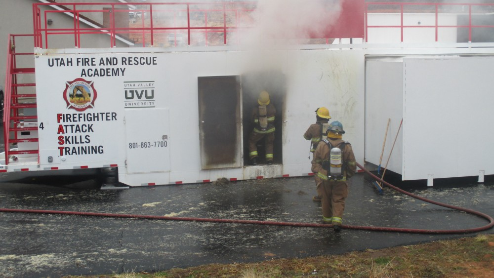 Trainees quench interior fire in under 3 minutes; Utah Fire, Rescue ...