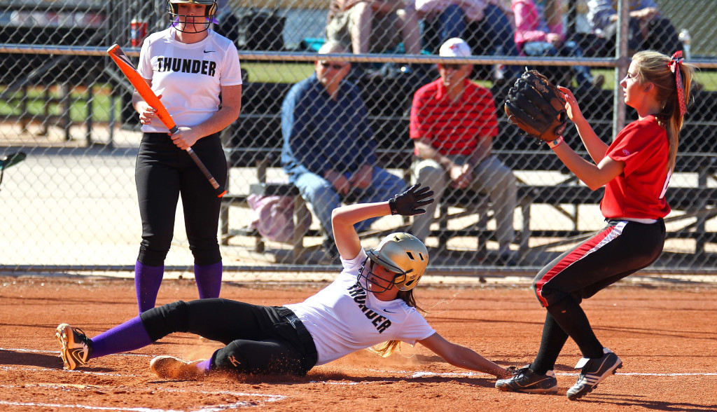 Hurricane vs. Desert Hills, Softball, St. George, Utah, Mar. 19, 2015 | Photo by Robert Hoppie, ASPpix.com, St. George News