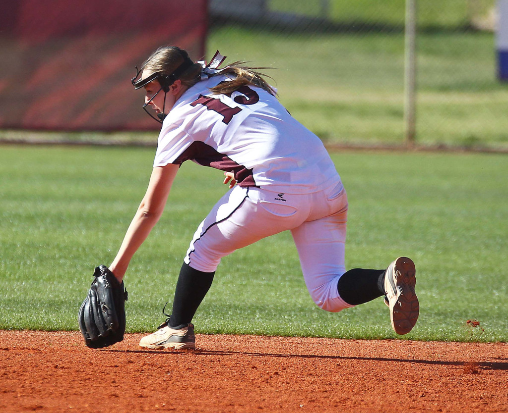 Madi Green fields a ground ball for the Panthers, Desert Hills vs. Pine View, Softball, St. George, Utah, Mar. 24, 2015 | Photo by Robert Hoppie, ASPpix.com, St. George News