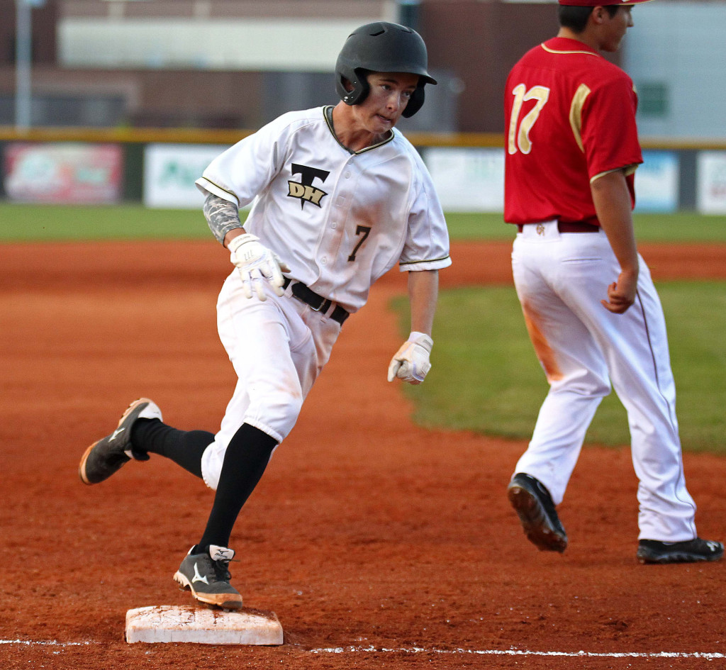 Trey Allred (7) rounds third and scores for the Thunder in the first inning, Cedar vs. Desert Hills, Baseball, St. George, Utah, Mar. 24, 2015   Photo by Robert Hoppie, ASPpix.com, St. George News