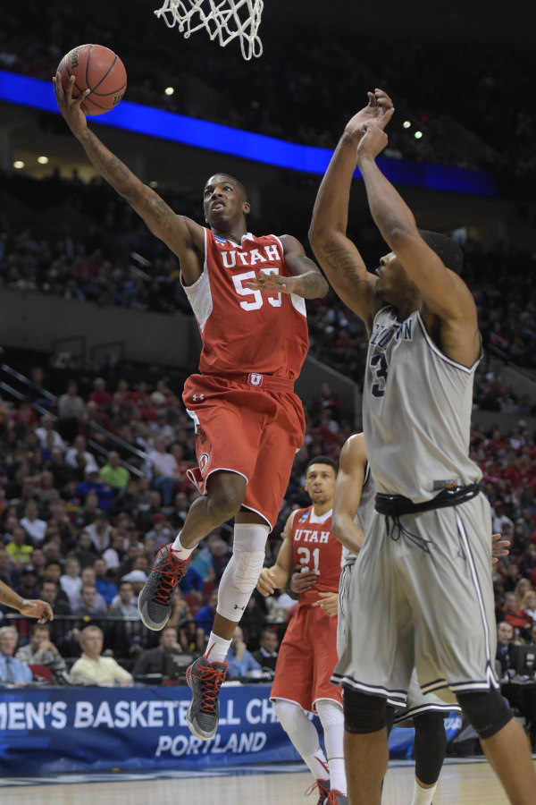 Delon Wright lays it in vs. Georgetown. | Photo by Kirby Lee—USA Today Sports, courtesy  Utah Athletics