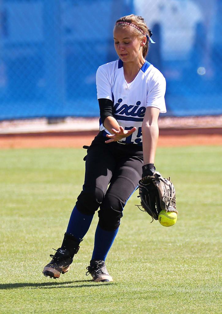 Dixie outfielder Michaela DeKorver gets a glove on the ball, Snow Canyon vs. Dixie, Softball, St. George, Utah, Apr. 21, 2015 | Photo by Robert Hoppie, ASPpix.com, St. George News
