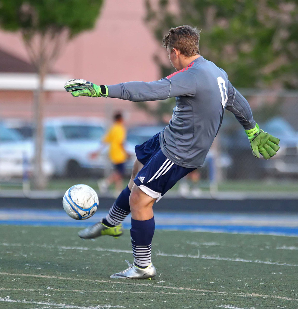 Snow Canyon goalkeeper Braydon Brough (0), Desert Hills vs. Snow Canyon, Soccer, St. George, Utah, Apr. 7, 2015 | Photo by Robert Hoppie, ASPpix.com, St. George News