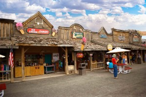 Shopping in Old Bryce Town, Bryce Canyon City, Utah, date not specified | Photo courtesy of Ruby's Inn, St. George News