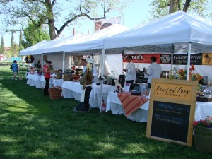 Food vendors sell samples at the Southern Utah Culinary Festival held at Vernon Worthen Park, St. George, Utah, April, 2014 | Photo courtesy of Southern Utah Culinary Festival, St. George News