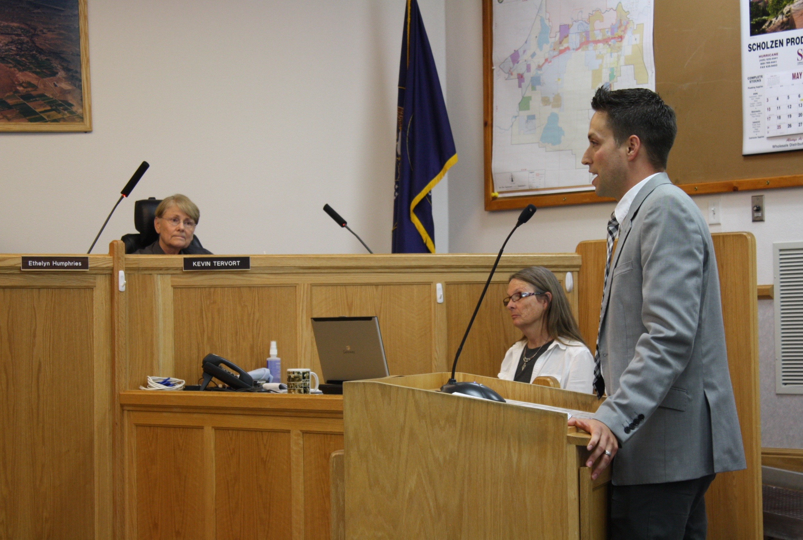 Attorney Eric Carson addresses Hurricane City Council on behalf of his client, Stephen Ward of Barista's Restaurant, requesting a hard-alcohol liquor license, Hurricane City Council Chambers, Hurricane, Utah, May 7, 2015 | Photo by Reuben Wadsworth, St. George News