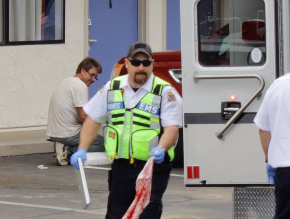 A Las Vegas man was transported to the hospital and arrested after smashing a Motel 6 window, St. George, Utah, May 21, 2015 | Photo by Devan Chavez, St. George News