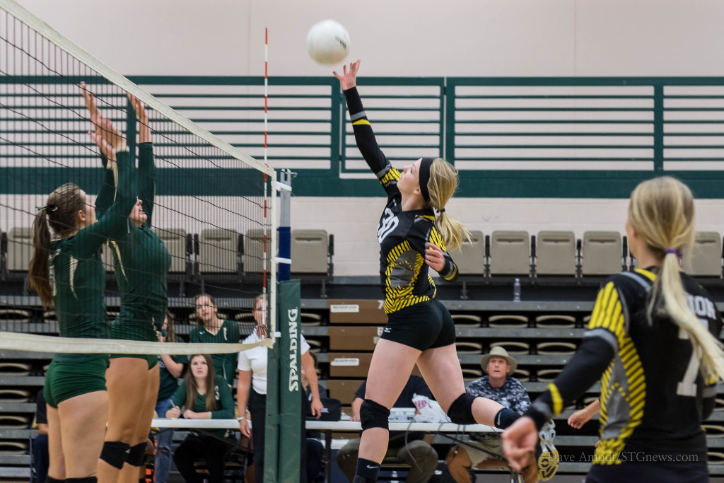 Girls volleyball, Snow Canyon vs. Union, St. George, Utah, Aug. 27, 2015 | Photo by Dave Amodt, St. George news